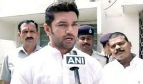 Chirag Paswan meets Rajnath Singh; seeks Presidents' rule in Bihar