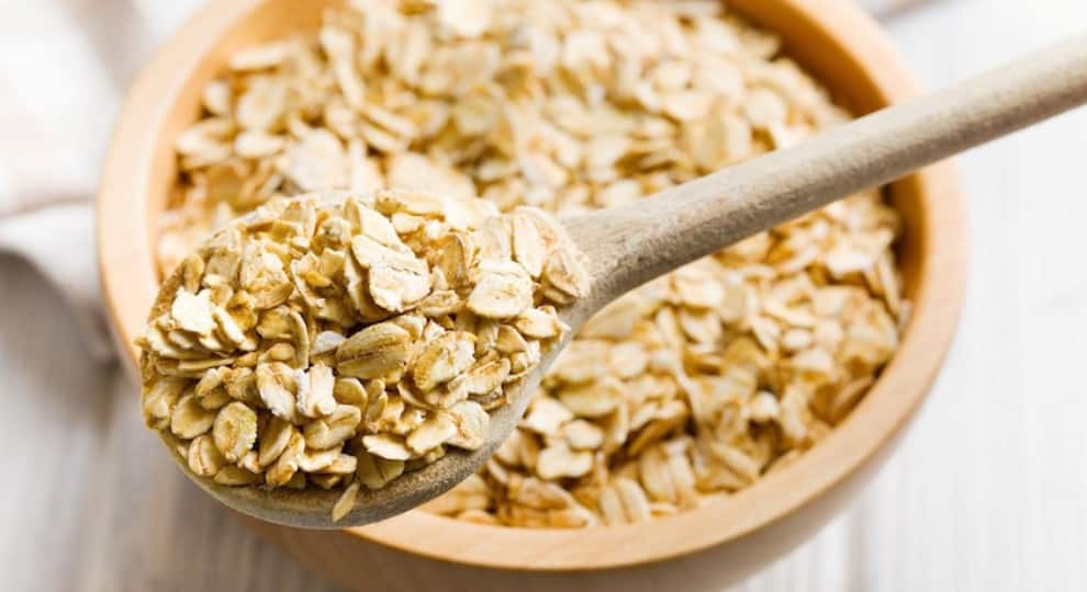 Oats, Bananas, And Other Foods To Eat That Will Boost Your Metabolism And Help in Weight Loss