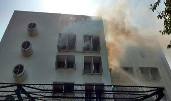Delhi: Massive fire at Times of India building, evacuation process underway