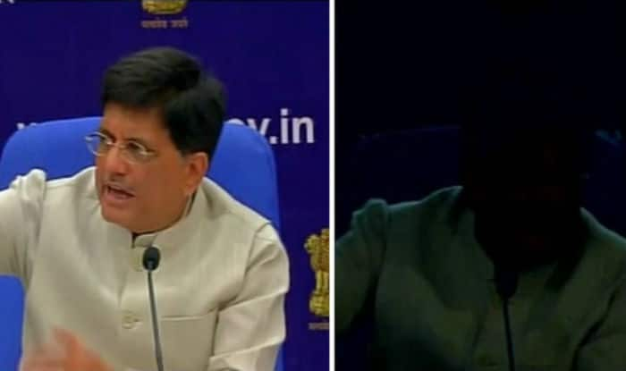 Irony! Power goes off thrice at press conference while Piyush Goyal promises 24×7 electricity (Watch video)