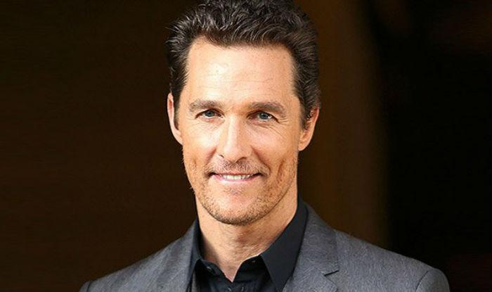 Matthew McConaughey shows off fresh manicure