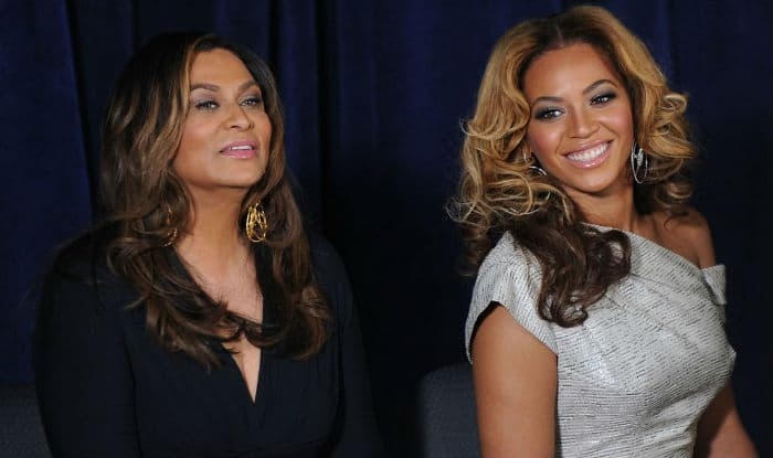 Beyonce didn't like her wedding dress designed by her mother