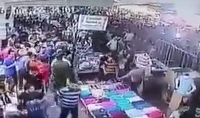 Iraqi man shouts Allah hu Akbar, causes panic in crowded market (Watch video)