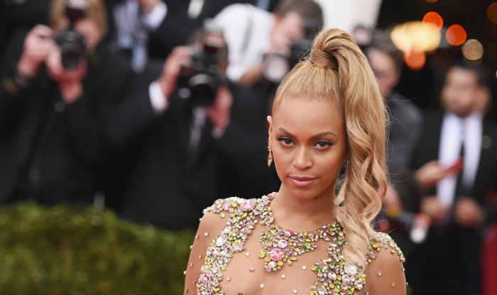 Beyonce Knowles postpones concert on doctor's order