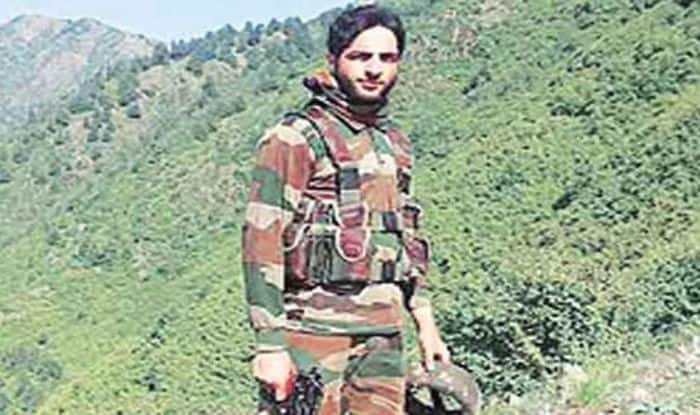 Amarnath Yatra suspended after Hizbul commander Burhan Wani's killing; mobile internet, train services shut