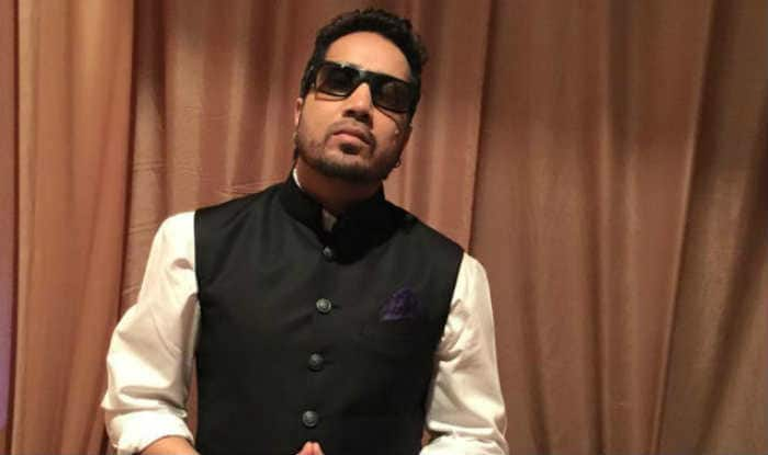 Mika Singh's Spokesperson Claims That The Singer Has Been 'Framed' in Sexual Harassment Case And Truth Will Come Out Soon