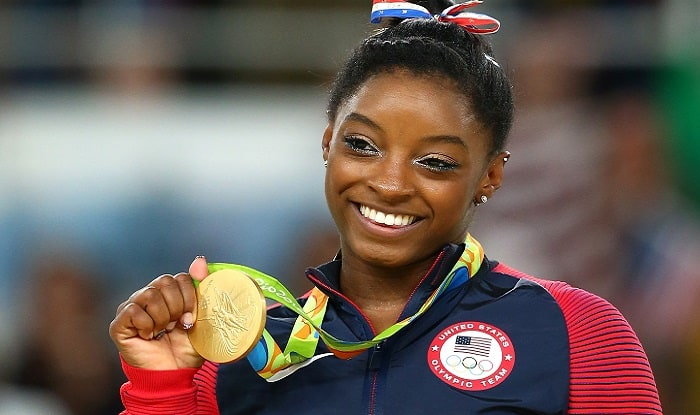 Rio Olympics 2016: US gymnast Simone Biles snatches fourth Olympic gold