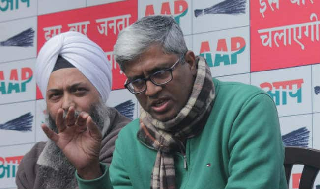 Summoned for blog, AAP leader Ashutosh rakes up snooping row before NCW