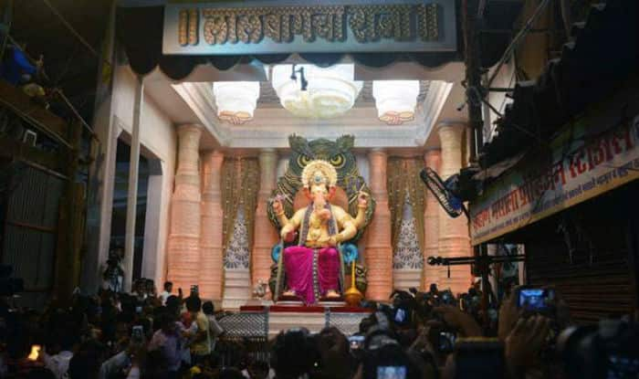 Lalbaugcha Raja LIVE Darshan 2016: Watch Lalbaugcha Raja Live Aarti, Mukh Darshan & Online Streaming