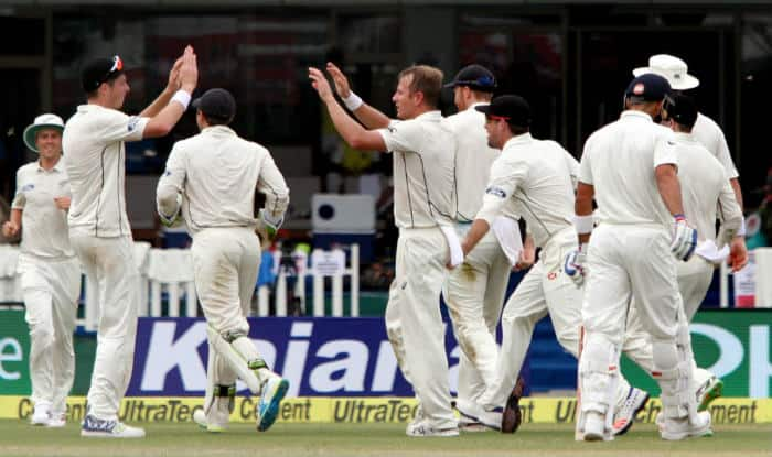 India Vs New Zealand 2016 Video Highlights, 1st Test Day 1: Kiwi bowlers impress on opening day of Kanpur Test