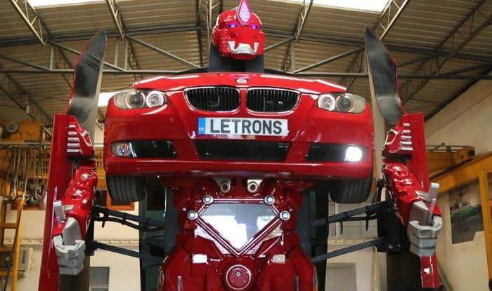 Turkish engineering company Letrons made a real life Transformer from BMW car and you can drive it!