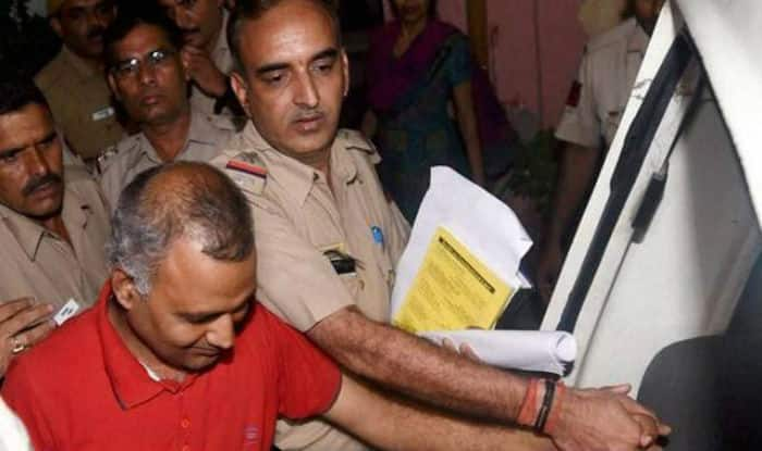 AAP MLA Somnath Bharti arrested by Delhi Police for assaulting AIIMS' security guards