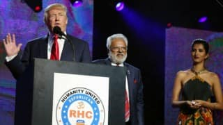 Donald Trump Declares Himself a Friend of Hindus, Indians at Rally Attended by 8,000-plus Indian Americans