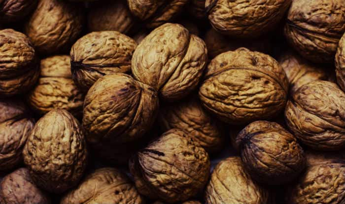 Walnuts can improve mood in young men