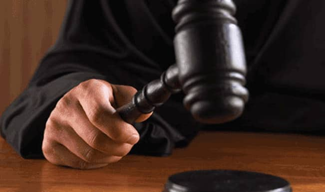 Deterrent punishment be given to corrupt government servants: Court