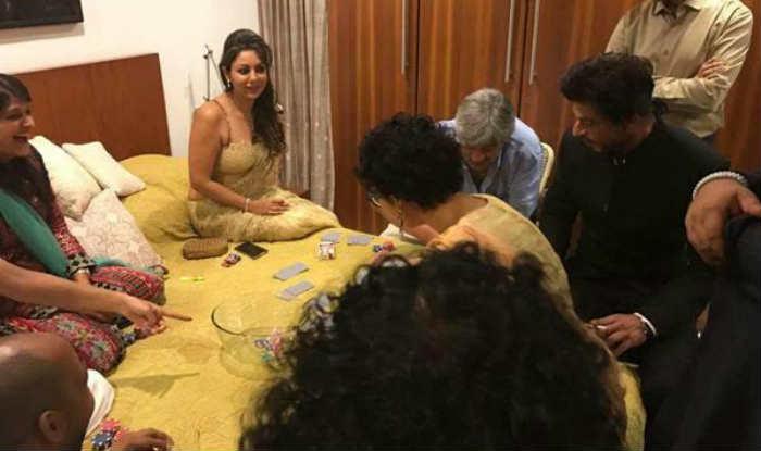 Aamir Khan's Diwali bash: Shah Rukh Khan gets candid, plays cards with Kiran Rao and wife Gauri Khan!