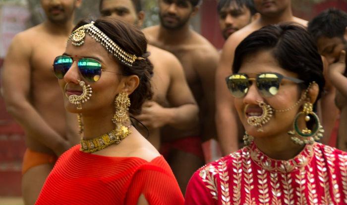 Geeta Phogat and Babita Kumari 'Dhaakad' photoshoot! Commonwealth Games gold medalist wrestlers rock ethnic avatar (See Pictures)