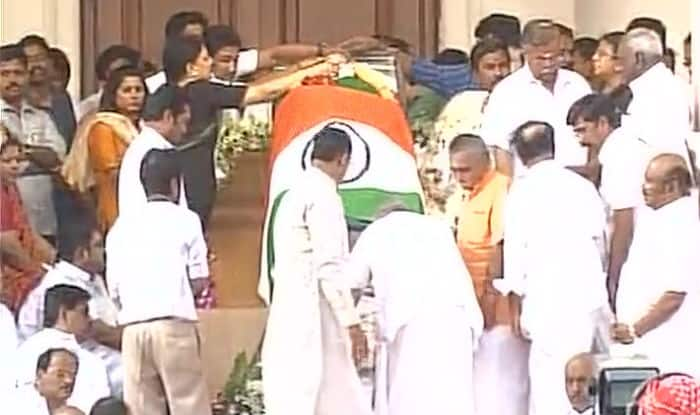 Jayalalitha Funeral LIVE: Watch Sun TV Live Streaming Broadcast of