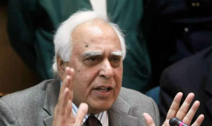 No Chance of Congress Getting Majority in LS Polls; BJP to be Less Than 160: Kapil Sibal