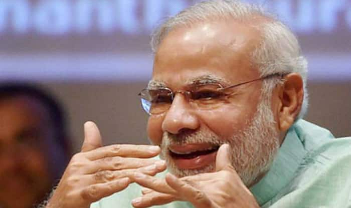Narendra Modi to address nation on December 31, 2016: PM's surprise New Year's Eve 2017 speech scares Twitterati beyond words!