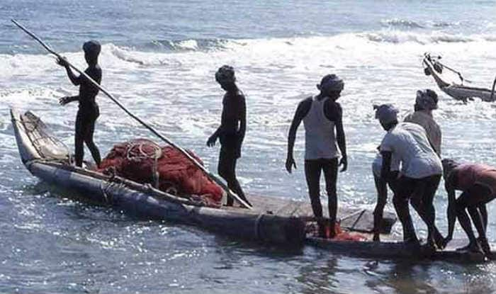 Tamil Nadu, Kerala Fishermen Asked Not to Venture Into Sea For Next 48 Hours