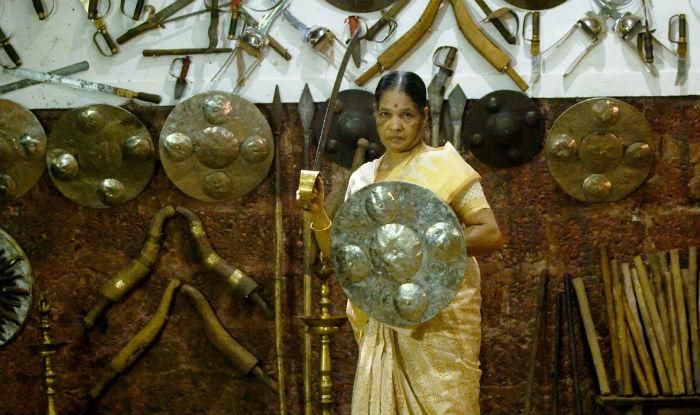 Meet Padmashree 2017 award winner Meenakshi Amma: This granny with a sword will inspire you to stay active | India.com