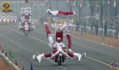 Motorcycle daredevils at Rajpath
