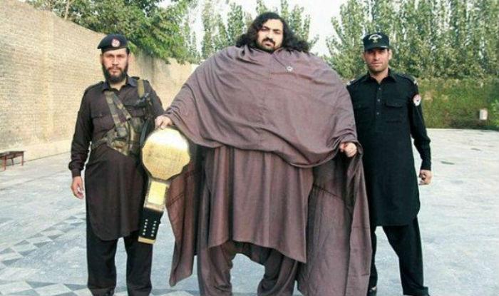 Pakistani hulk 1