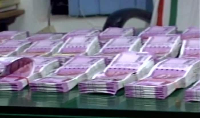 New currency worth Rs 52.5 lakhs seized; 3 held