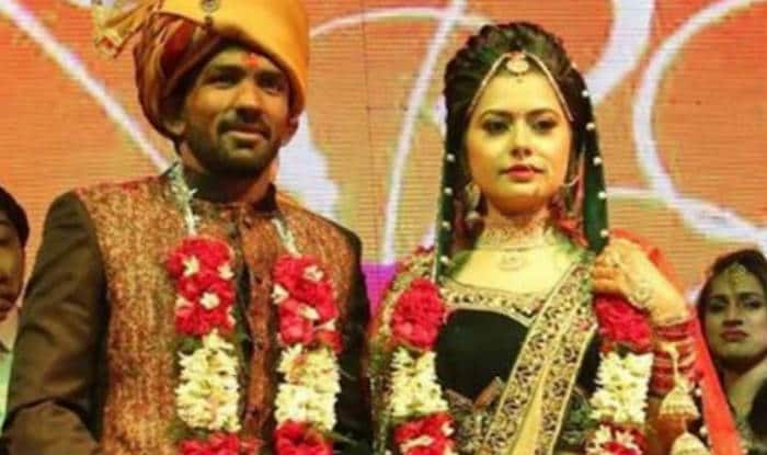 Yogeshwar Dutt marries Sheetal Sharma: See wedding pictures of Indian wrestler with his wife