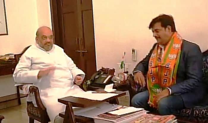 Ravi Kishan joins BJP in presence of party president Amit Shah in New Delhi amidst UP Assembly Elections 2017