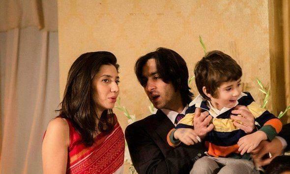 Mahira_Khan_family