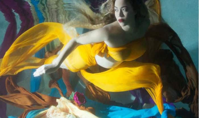 See ALL pictures: Beyonce goes underwater for a pregnancy photo-shoot, daughter Blue Ivy joins her mama!