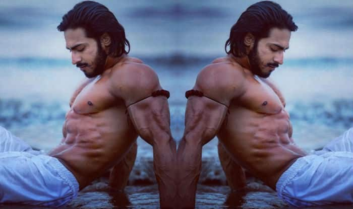 These 10 photos of Commando 2 actor Thakur Anoop Singh will make you hit the gym right now!