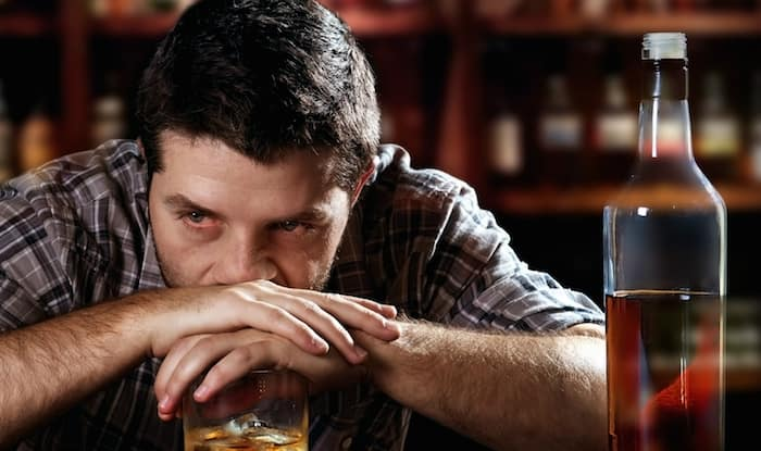 Large Portion of Spinach Protein May Help in Treating Alcohol Abuse And Mood Disorders, Study Reveals