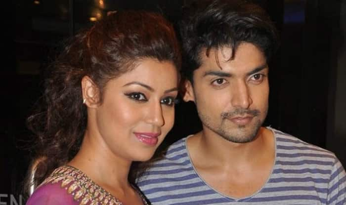 Gurmeet Choudhary & Debina Bonnerjee adopt daughters; actor talks about his fatherhood experience for the first time!
