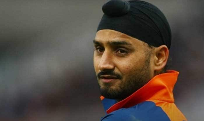 India vs Sri Lanka 2017: Harbhajan Singh Trolls Dinesh Chandimal-Led Side Ahead of Test Series, Deletes Twitter