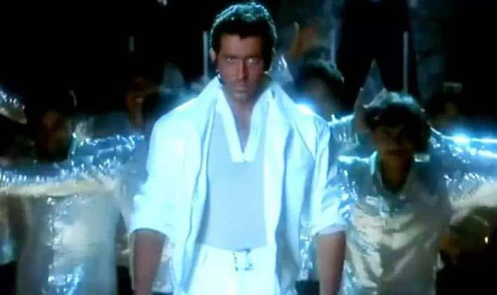 Hrithik Roshan shares video of him dancing to Bhojpuri song Lagavelu Jab Lipistick in Kaho Naa Pyaar Hai spoof! (Watch Video)