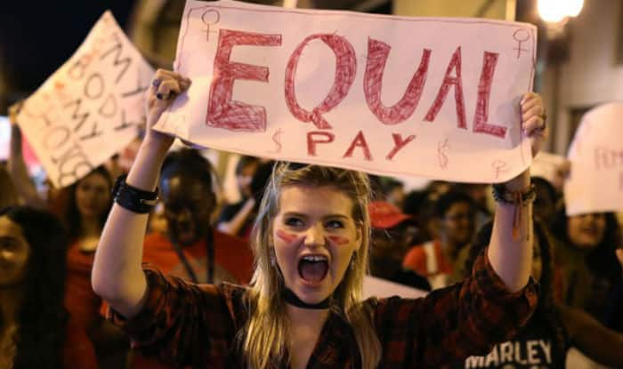 Gender pay gap: Iceland proposes law that makes it Illegal to pay women less than men!