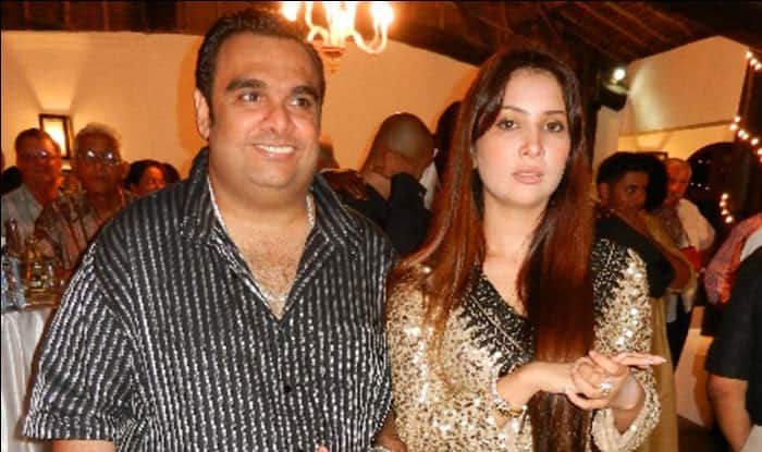 Kim Sharma goes bankrupt after husband dumps her for another woman