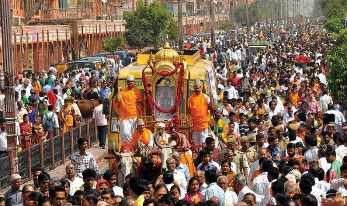 Mahavir Jayanti 2019: Importance, History And Significance of The Jain Festival