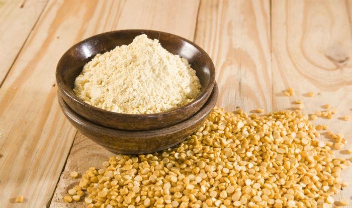 Gram flour mask removes tanning