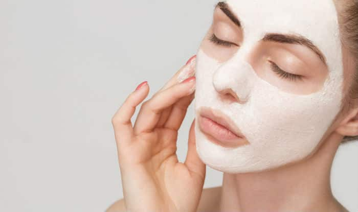Get oil-free and radiant looking skin
