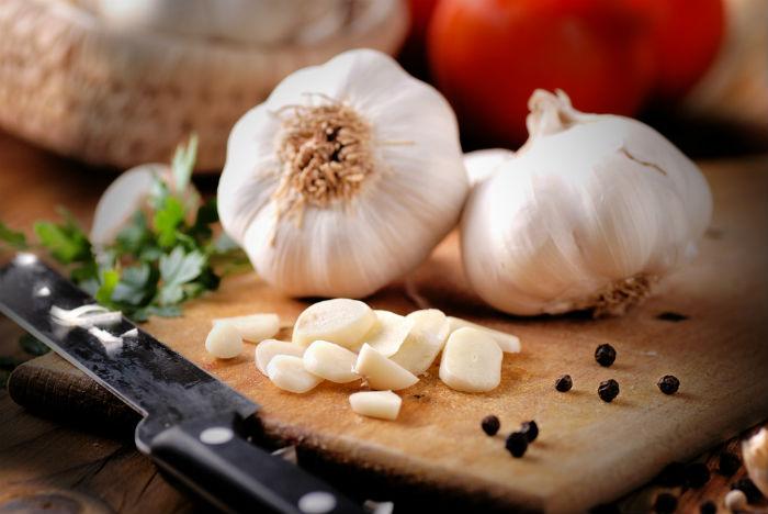 Garlic slices