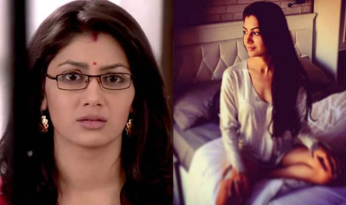 Kumkum Bhagya actress Sriti Jha aka Pragya's smoking hot picture will make you forget all about latest episodes!
