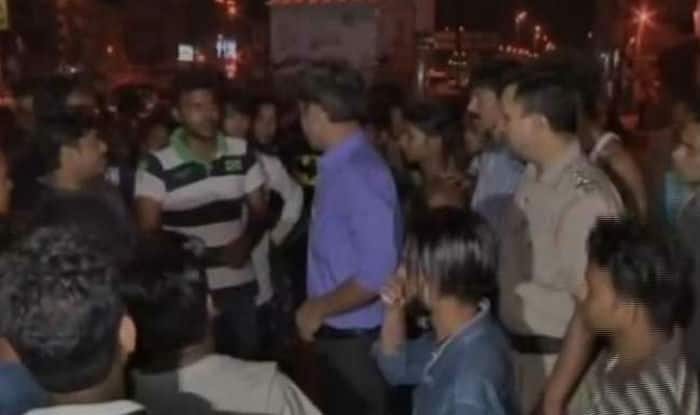 E-Rickshaw driver in Delhi beaten to death after he stopped two men from peeing in public