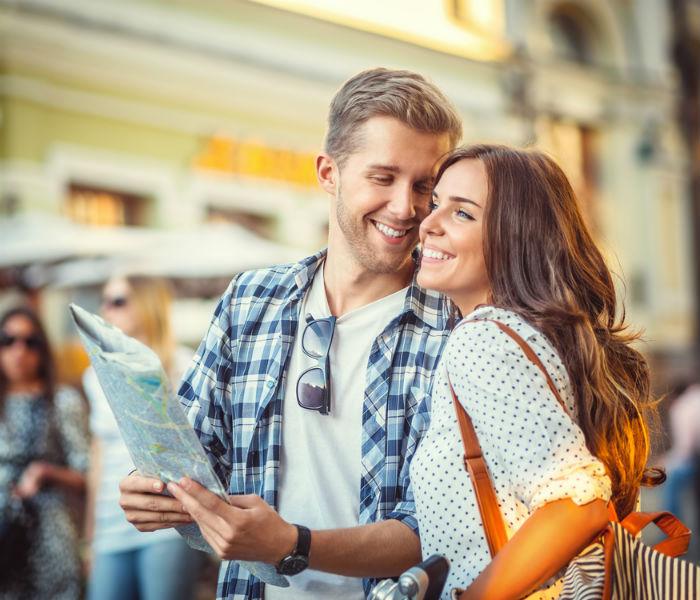 travel couple1