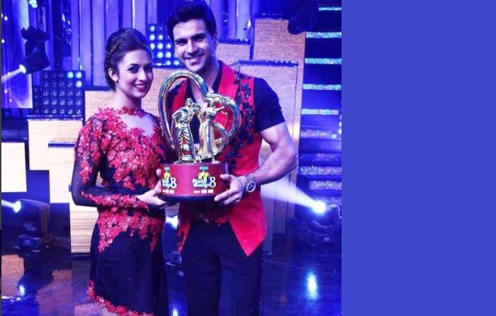 Nach Baliye 8 winners Vivek Dahiya and Divyanka Tripathi thank and celebrate with their fans – watch videos
