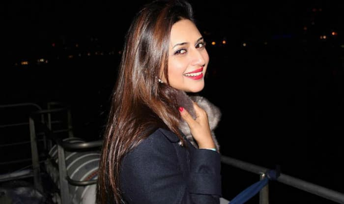 Yeh Hai Mohabbatein Actress Divyanka Tripathi Shares a Horrifying Video Showing the Damage Smoking Does to Your Lungs