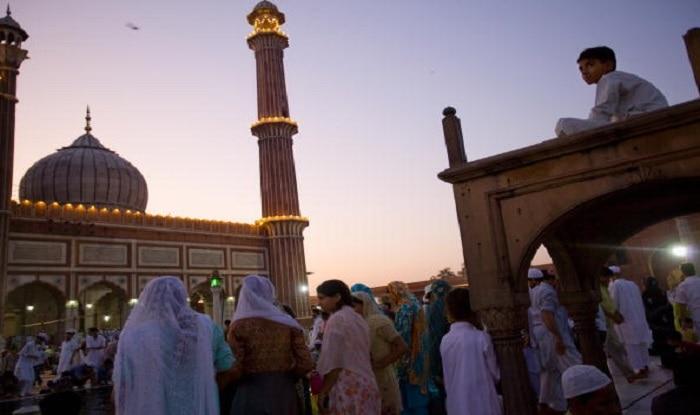 Eid Moon sighted across India, Eid-al-Fitr to be celebrated tomorrow